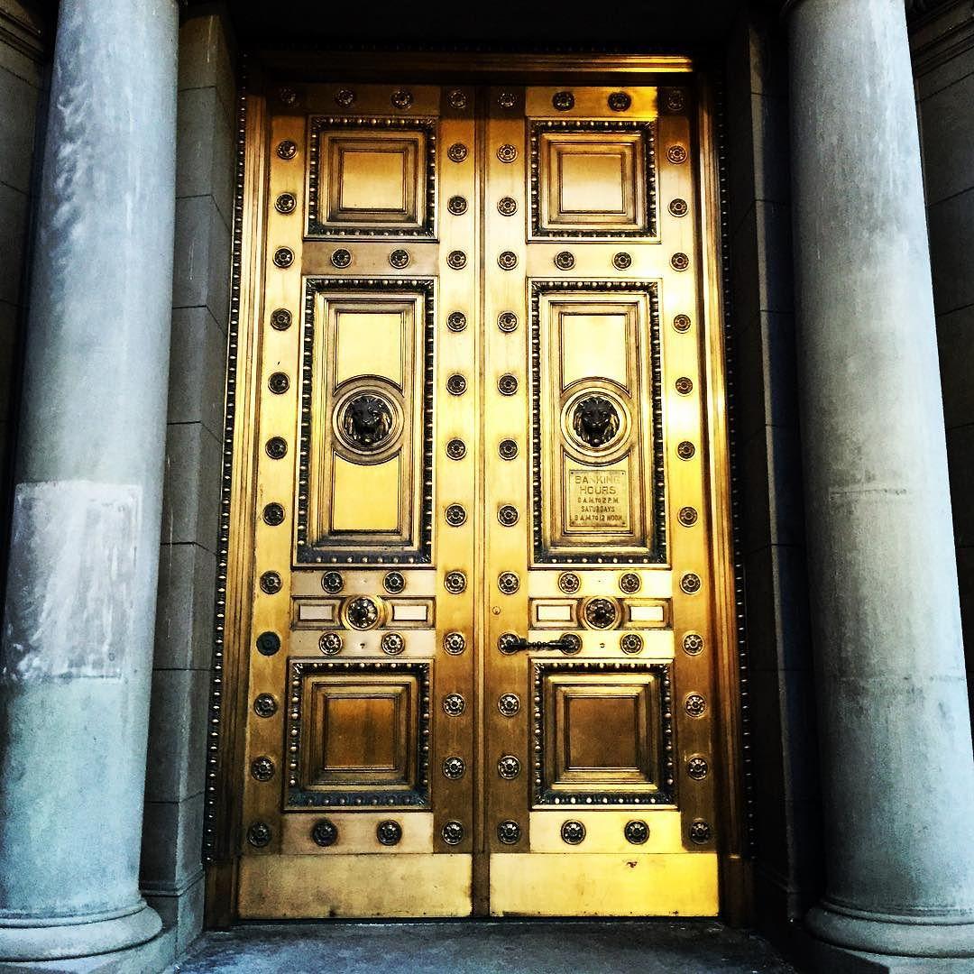 Downtown Salt Lake City Ut: Gold Doors Of The Old Salt Lake Stock Exchange
